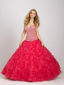 Newest Beaded Red Dress for Quinceanera with Rolling Flowers