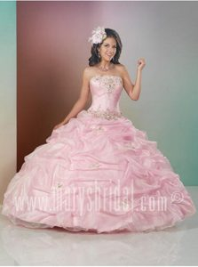 Ritzy Baby Pink Sweet Sixteen Gowns with Appliques and Pick-ups