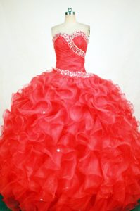 Svelte Red Beaded Quinceanera Gowns with Ruffles in Mytishchi