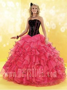 Glitz Black and Red Beaded Sweet 15 Gowns with Ruffles in Dubna