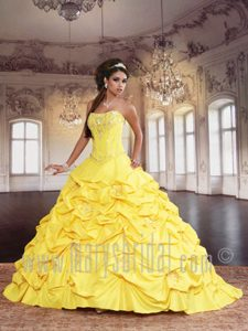 Svelte Yellow Beaded Sweet Sixteen Dress with Pick-ups