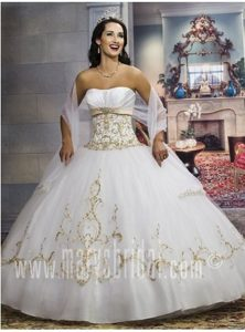Appliques and Embroidery Embroidery Dress for 15 White with Shawl